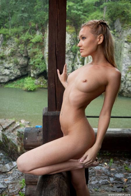 Femjoy: Eleonora - Wild Nature