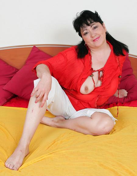 Русская тетенька хочет секса и оргазма