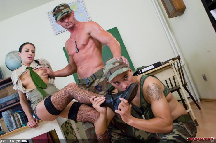 Ебут солдата фото 50809 фотография
