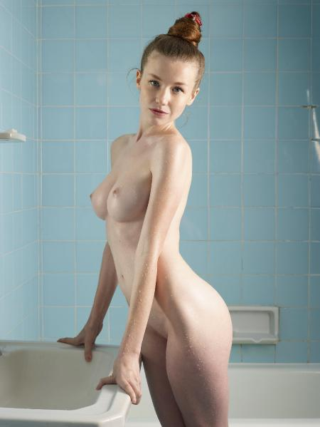 Hegre-Art: Emily - Angel Bath (27*03*2014)